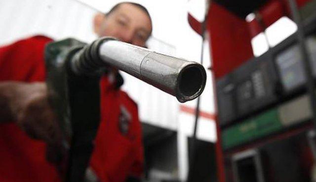 Sube $ 98 el precio de la gasolina