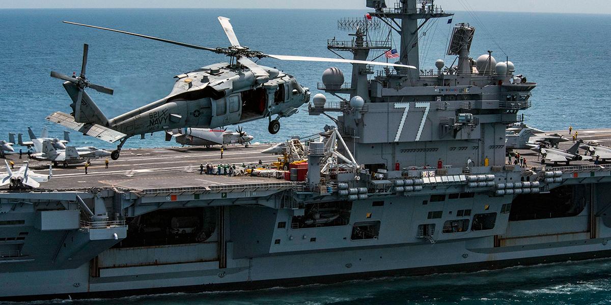 Varios militares heridos deja accidente de helicóptero en portaaviones de EE.UU.