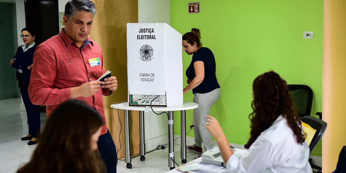 Abstención en Brasil llega a 20,3 %, la más alta desde las elecciones de 2002