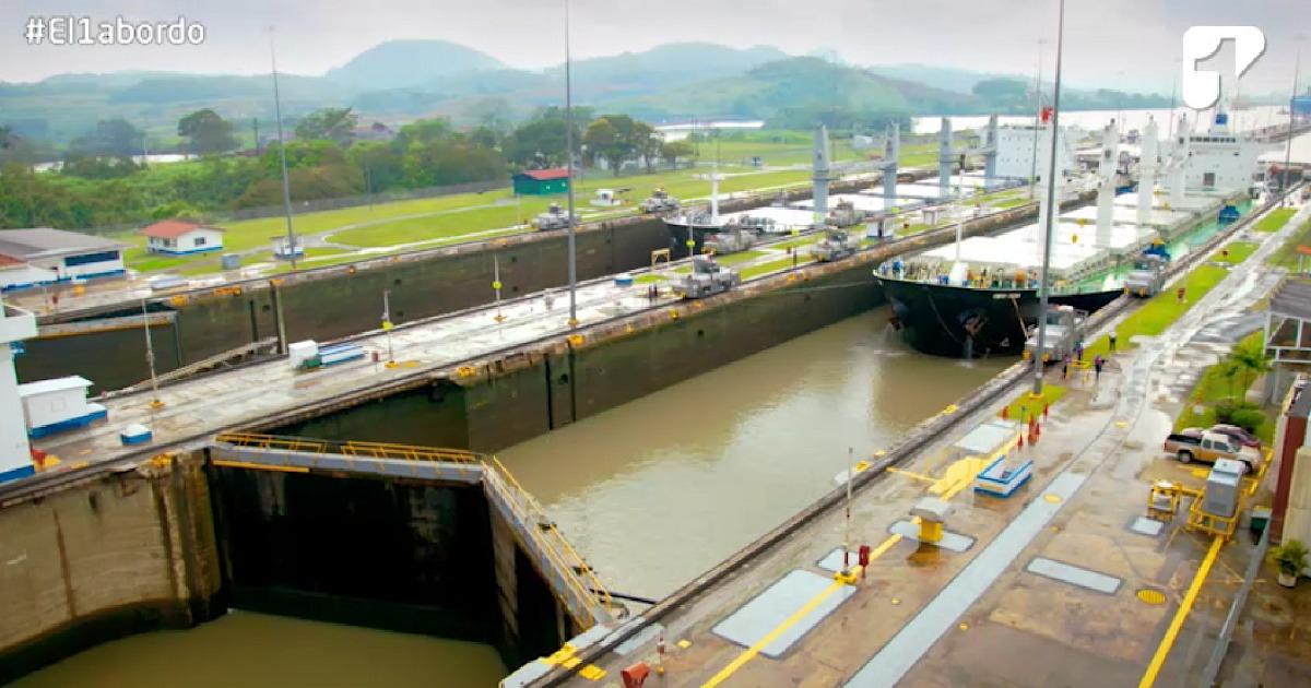 Así fue la maniobra para cruzar el Canal de Panamá en el buque ARC 20 de Julio