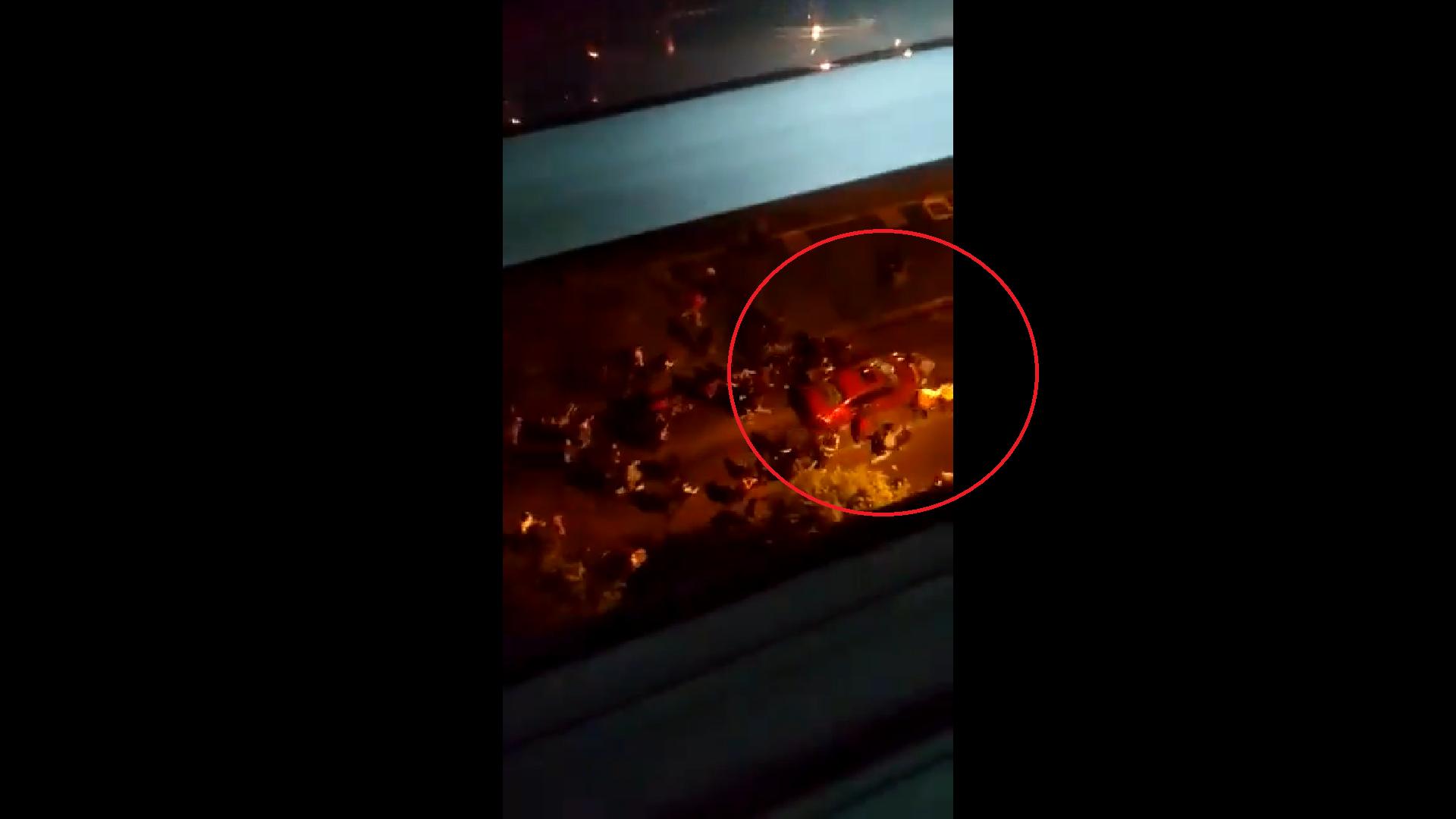 En Bogotá, carro arrolló a varias personas al huir de manifestantes que lo atacaban
