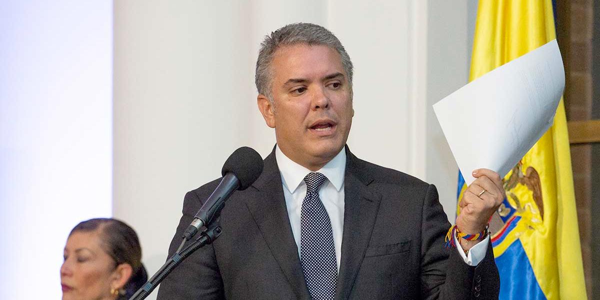 Pdte. Duque invita a ministros y altos funcionarios a publicar declaración de renta