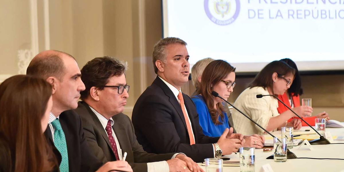 Gobierno presenta solución que garantizará el servicio de energía a la costa Caribe