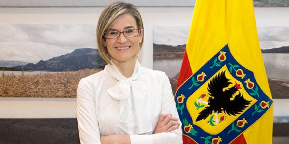 Procuraduría suspende a María Carolina Castillo, actual gerente de la E.A.A.B.