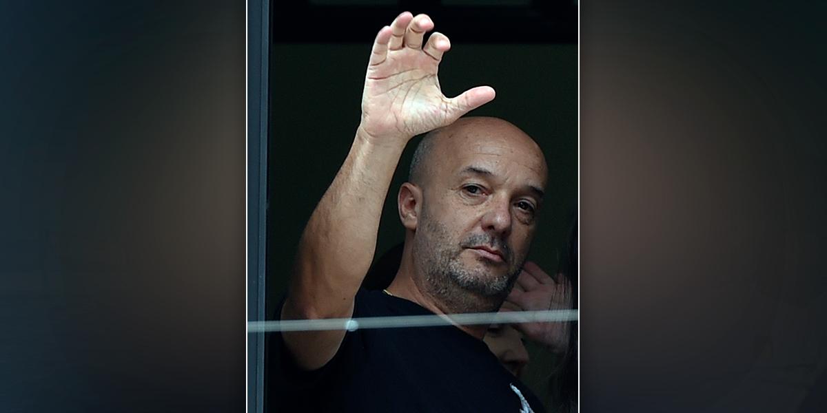 Llevan a sede de Sebin a Iván Simonovis, preso en su casa por agredir a Chávez