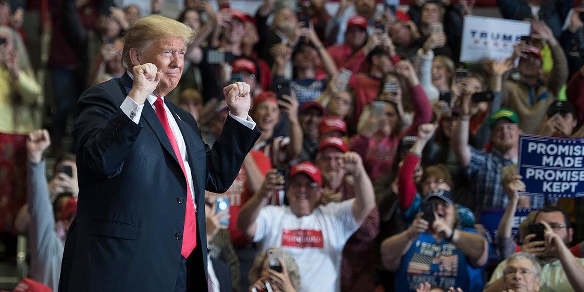 Trump califica como un 'tremendo éxito' resultados de elecciones legislativas en EE.UU.