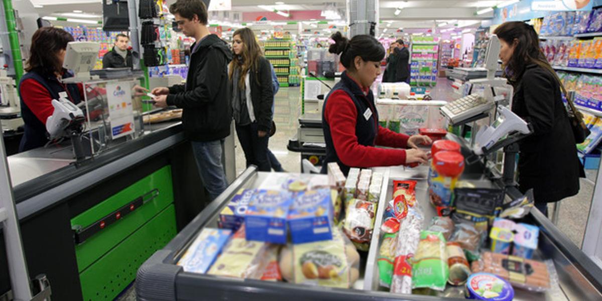 Se desploma índice de confianza del consumidor