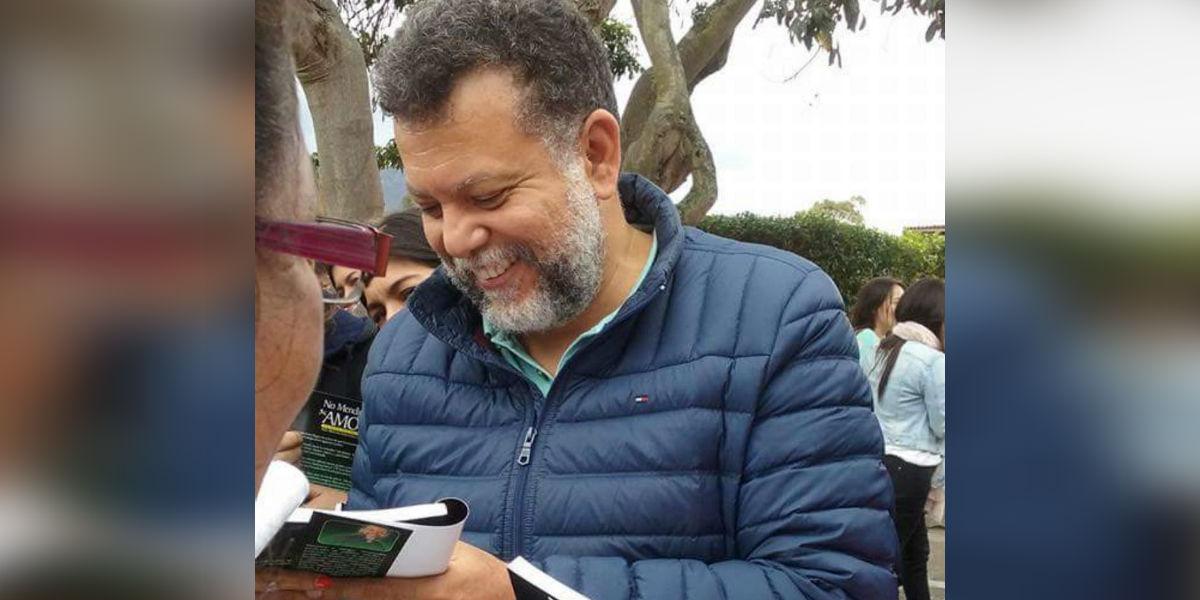 El padre Linero confiesa que le gusta una mujer y aclara rumores si es la misma del video que se filtró en redes