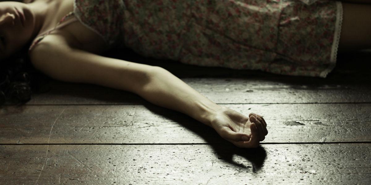 mujer en inidia dio a luz un bebe mientras se suicidaba 1