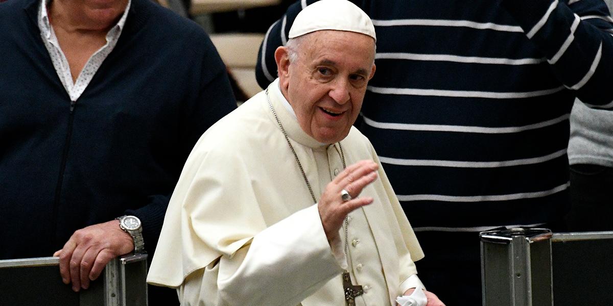 Papa Francisco viajará a Abu Dhabi en febrero para encuentro interreligioso