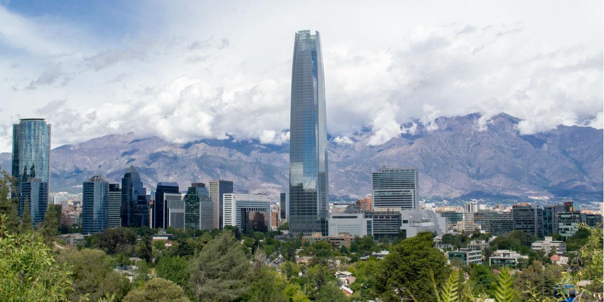torre santiago de chile edificio mas alto de latinoamerica