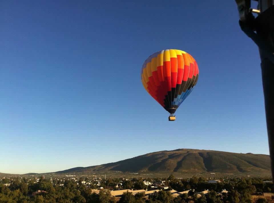 ¿Se puede volar en globo aerostático en Colombia?