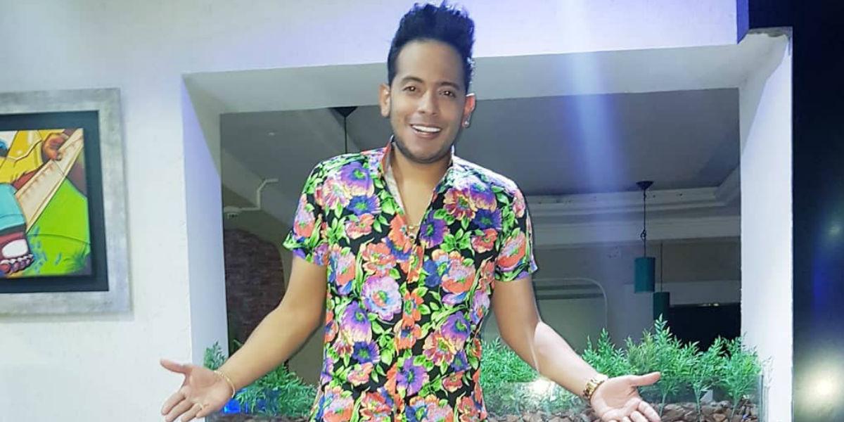 """""""En un trío sexual que me compartan a mí"""", Orlando Liñán confiesa sus intimidades en el sexo"""