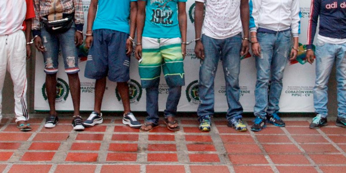 Desarticulan tres estructuras criminales dedicadas al microtráfico en Antioquia