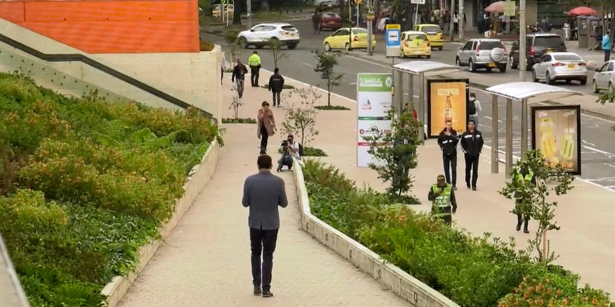 Entregan espacio público renovado en Corferias
