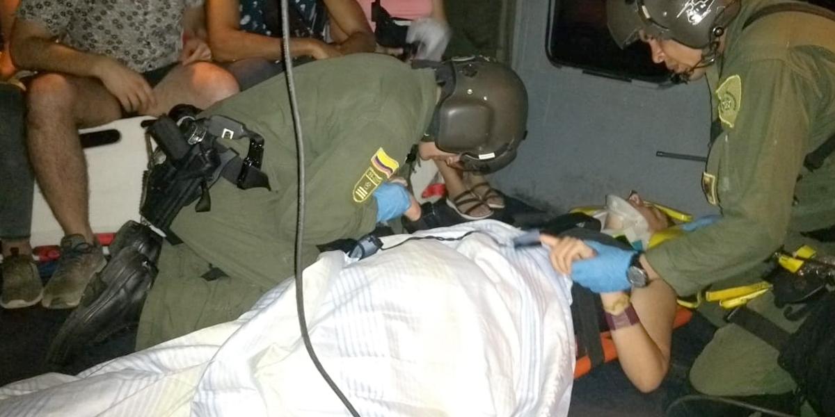 Rescatan a tres diplomáticos chilenos que sufrieron accidente en altamar mientras vacacionaban