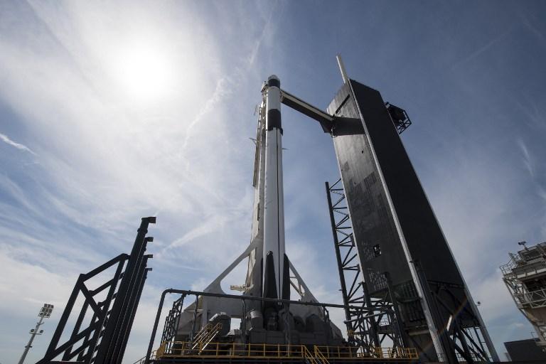 La nueva cápsula de SpaceX, en camino hacia la Estación Espacial Internacional