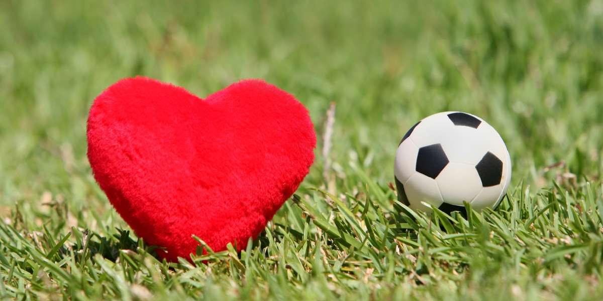 ¿Qué hacer si tu pareja prefiere el fútbol a tener sexo contigo?