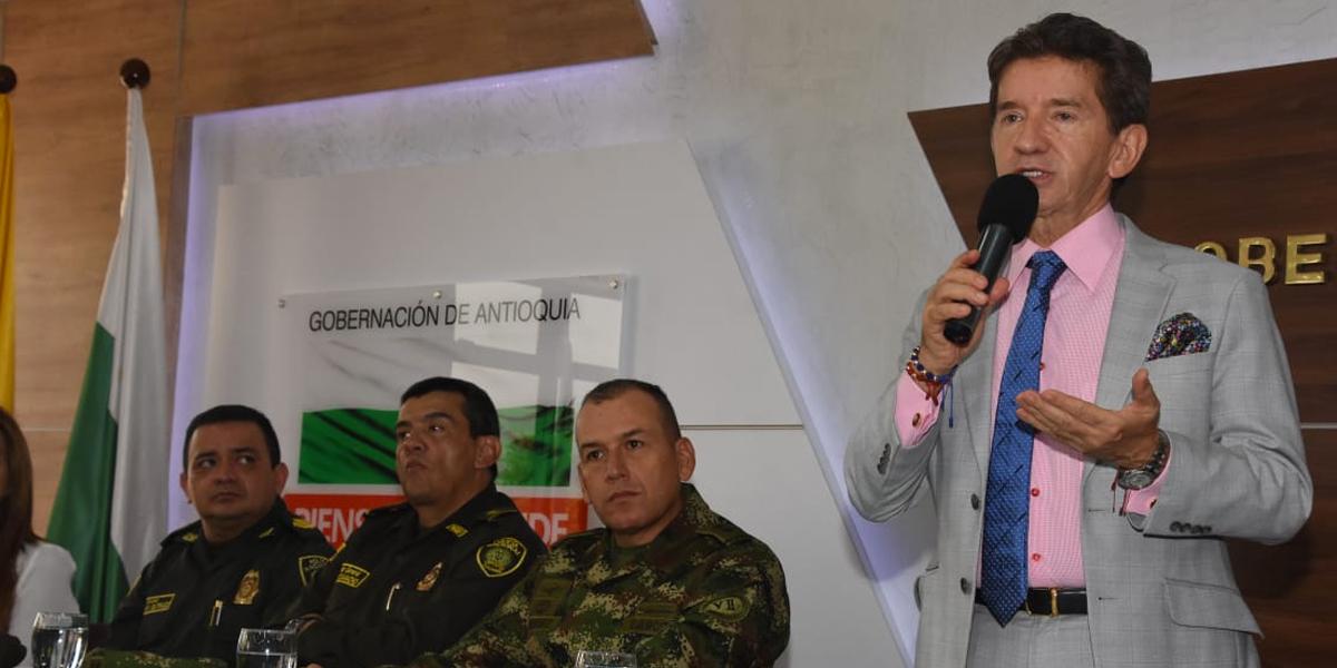 Gobernador de Antioquia denuncia que hay resiembra de coca en espacios de reincorporación de las Farc