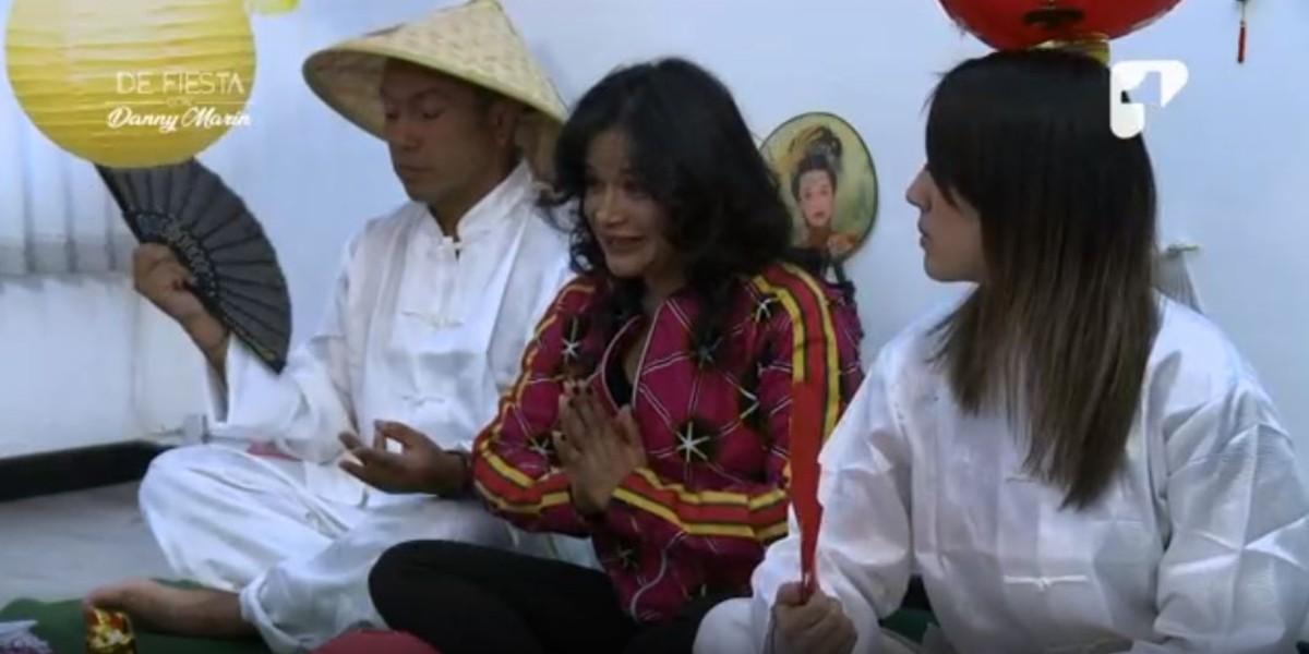 Mayte Montero dejó la gaita para dar clases de karate con Los Enemigos del Ritmo