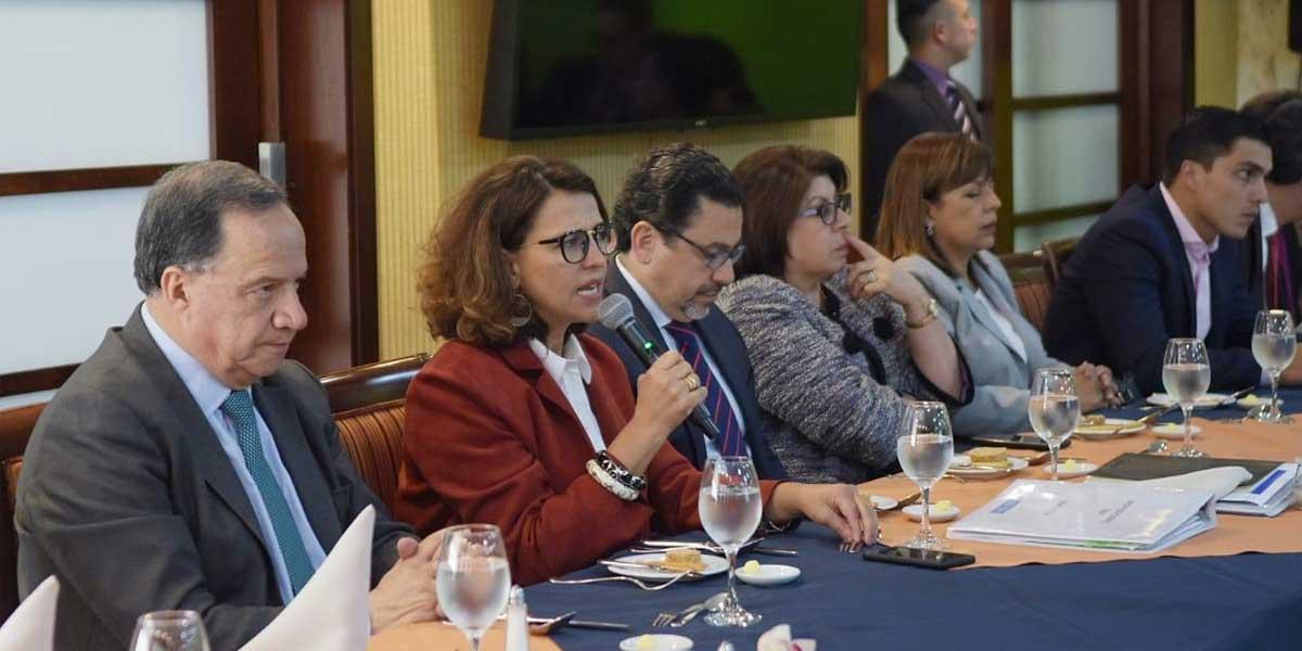 Gobierno y congresistas acuerdan mesa técnica para levantar minga indígena