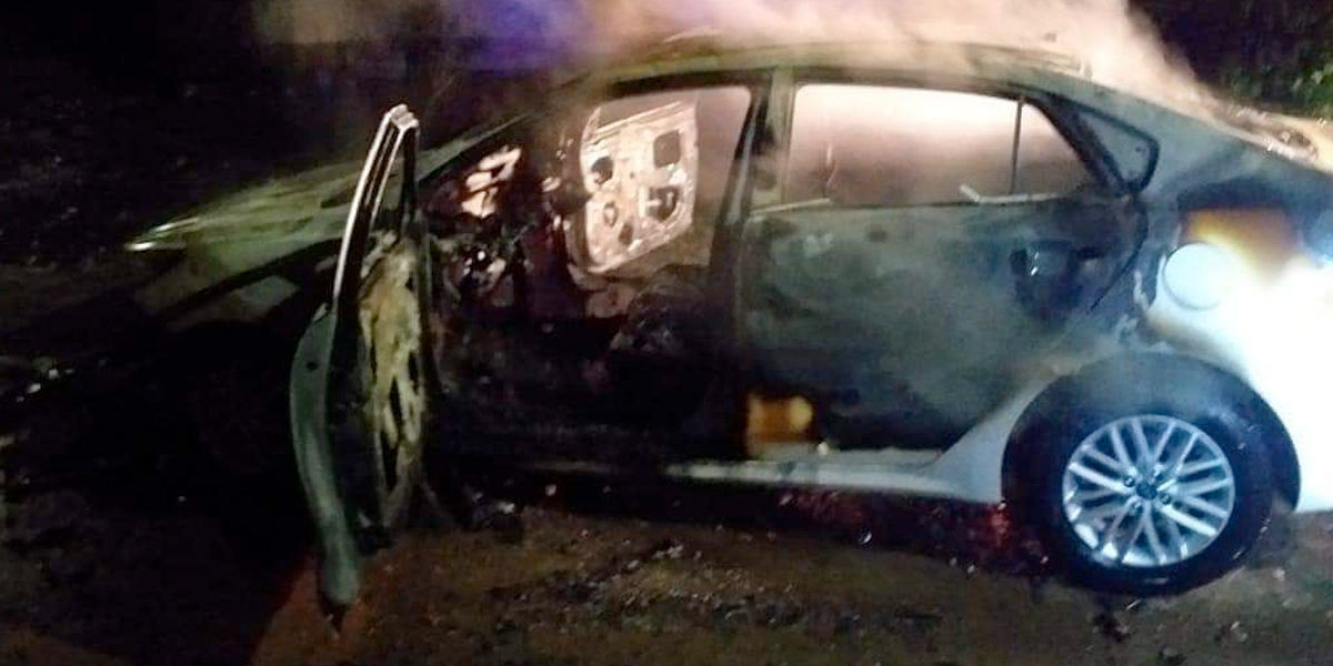 Encuentran cuerpo de una mujer dentro de un vehículo incinerado en Jamundí, Valle