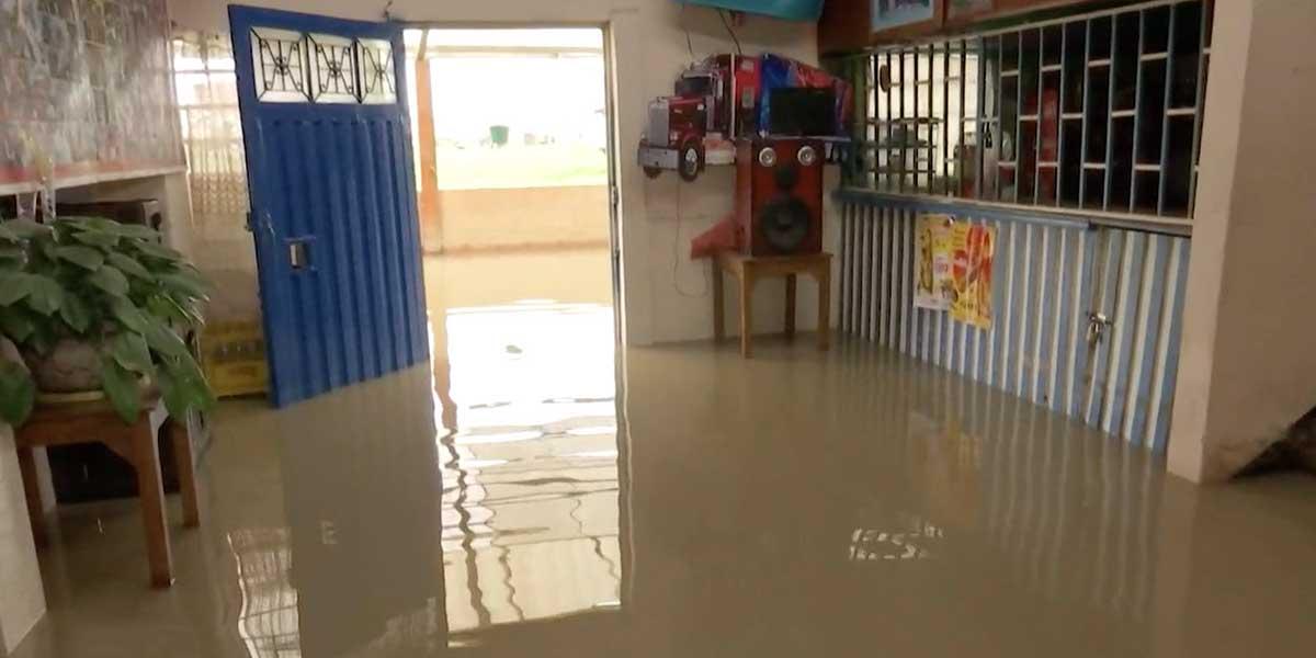 30 viviendas inundadas por fuerte lluvia en el sur de Bogotá