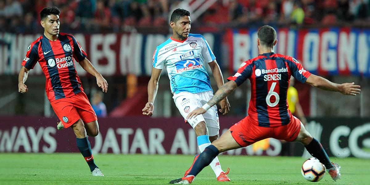 San Lorenzo rompe maleficio de 'no ganar' y derrota de local al Junior en Copa Libertadores