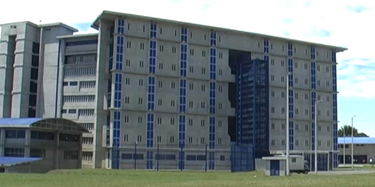 Allanan pabellón de cárcel Picaleña de Ibagué para combatir extorsiones