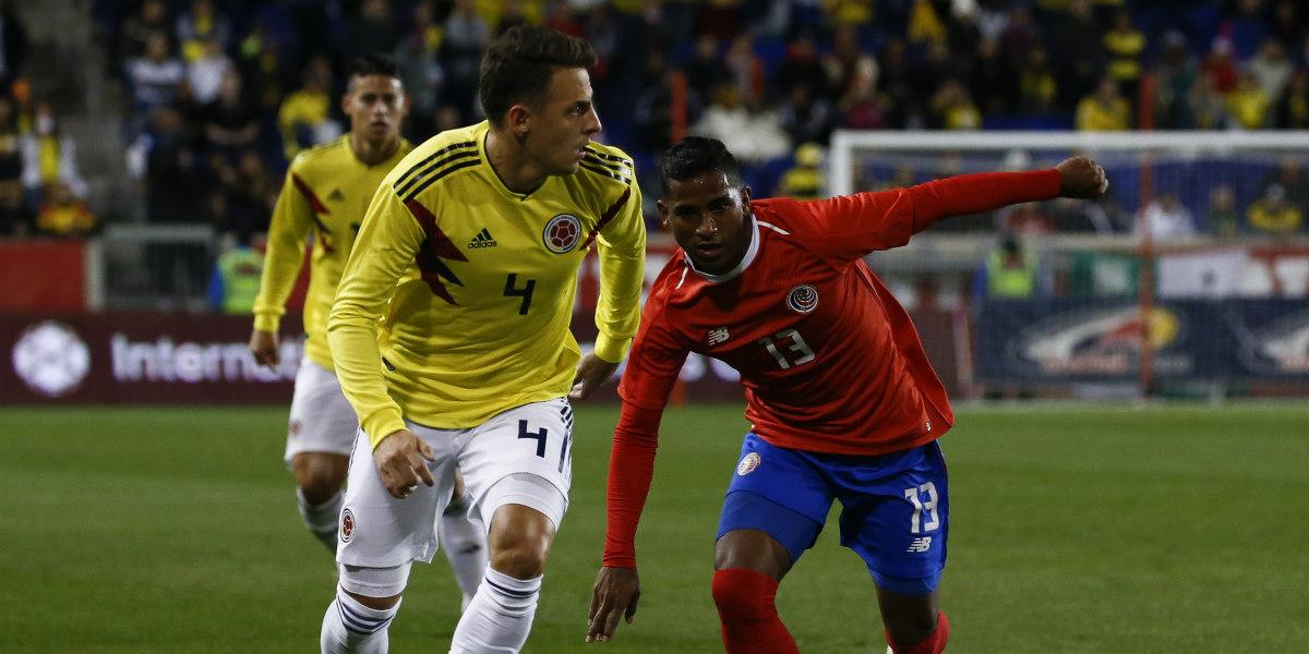 Carlos Queiroz anuncia el reemplazo de Santiago Arias para los amistosos de Colombia