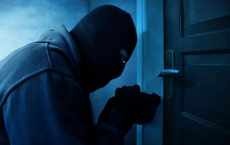 Vecinos lincharon a ladrones que robaron una casa