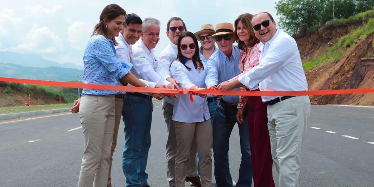 Gobierno entrega obras del proyecto Pacífico 2 en La Pintada, Antioquia