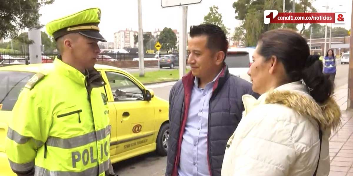 Taxista devuelve maleta que olvidó pasajera con siete millones de pesos en Bogotá