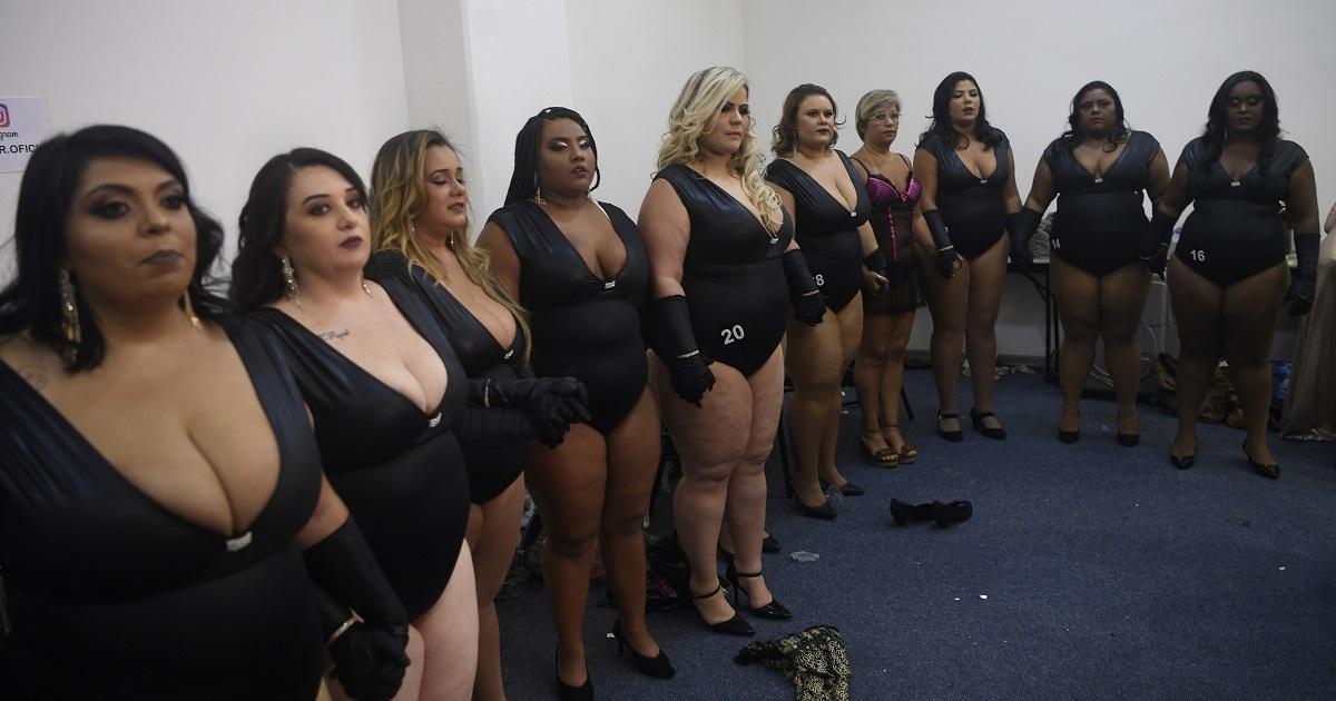 (Galería) Feria erótica eligió a la mujer de talla grande más sensual
