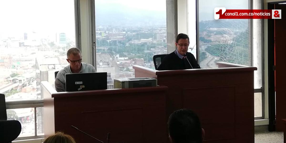 Seis años y diez meses de prisión para alcalde de Bello por falsedad en documento público