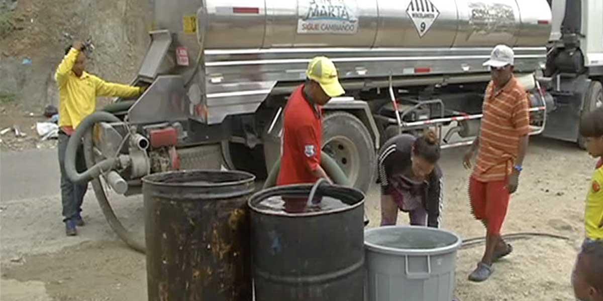 Habitantes de Santa Marta piden a gritos solución a la falta de agua