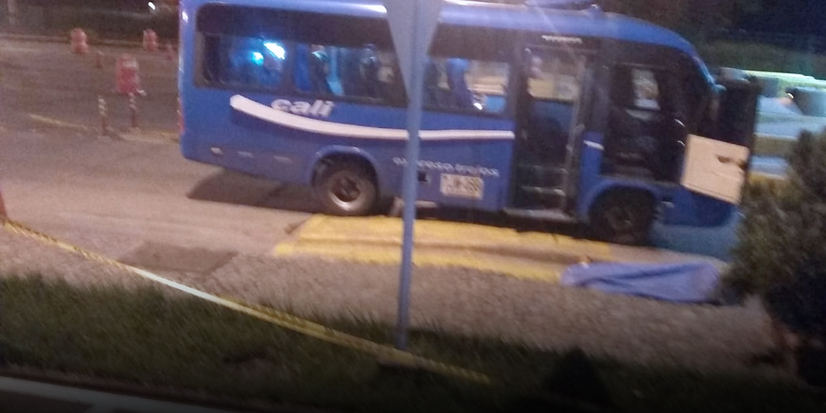 Asesinan a un hombre durante asalto a un bus intermunicipal en la vía Palmira-Cali