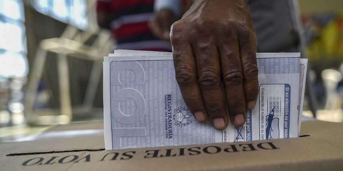 Actuales concejales y diputados habilitados para participar en elecciones de octubre