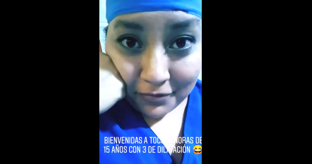 Estudiante de Medicina se burla de paciente en un parto con polémico video