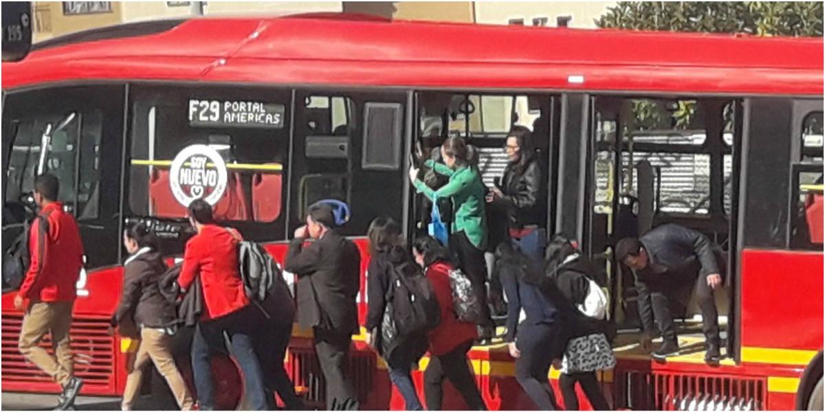 bus transmilenio varado suba lunes 17 de junio