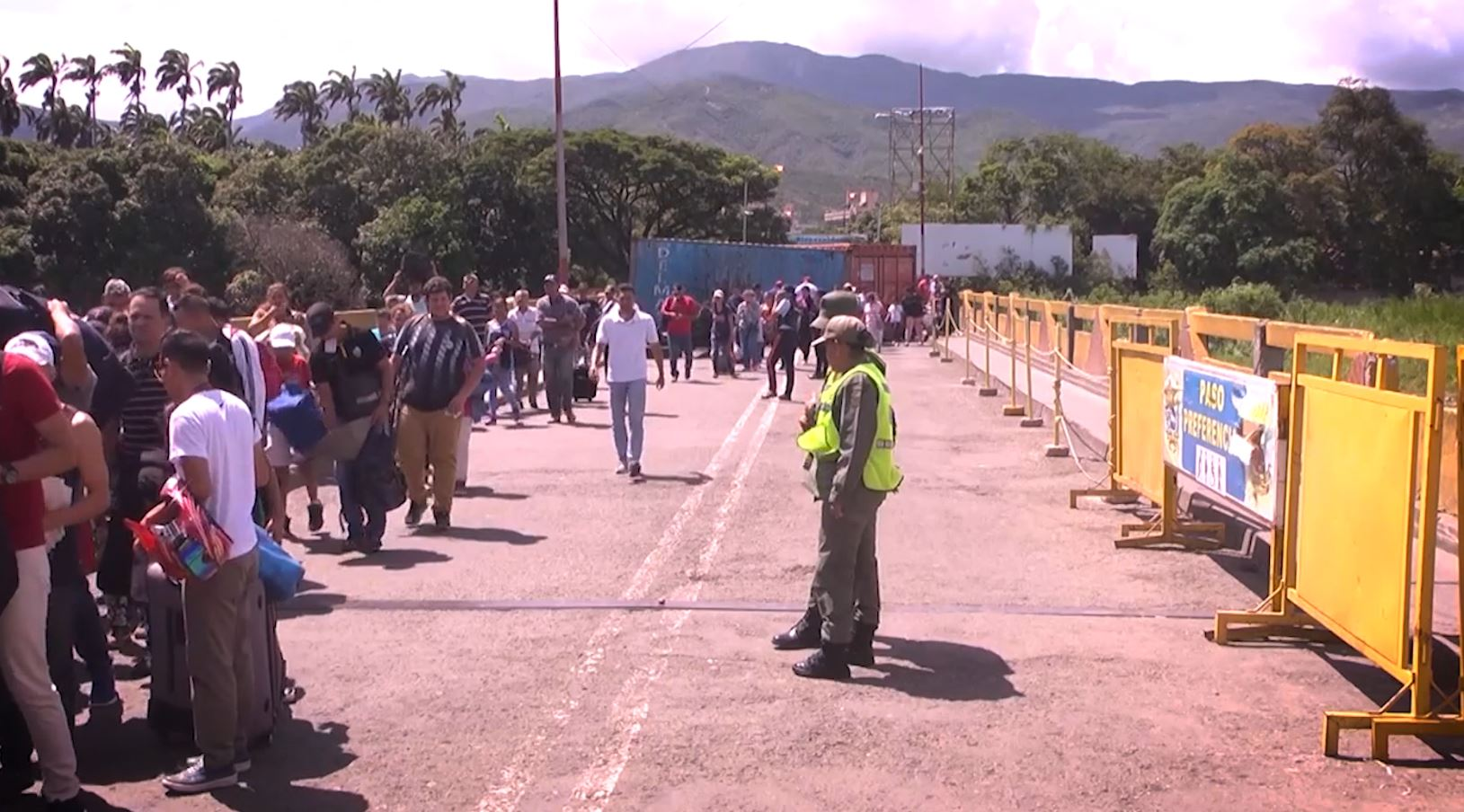 ¡Pilas! Colombia cerrará pasos fronterizos durante las marchas del 21 de noviembre