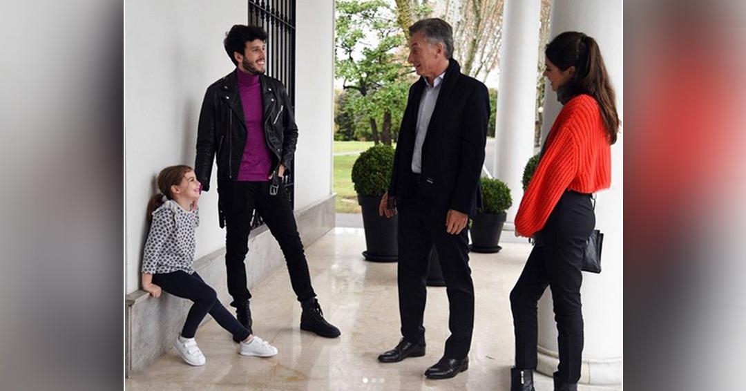 Sebastián Yatra sorprende a hija del presidente argentino Mauricio Macri