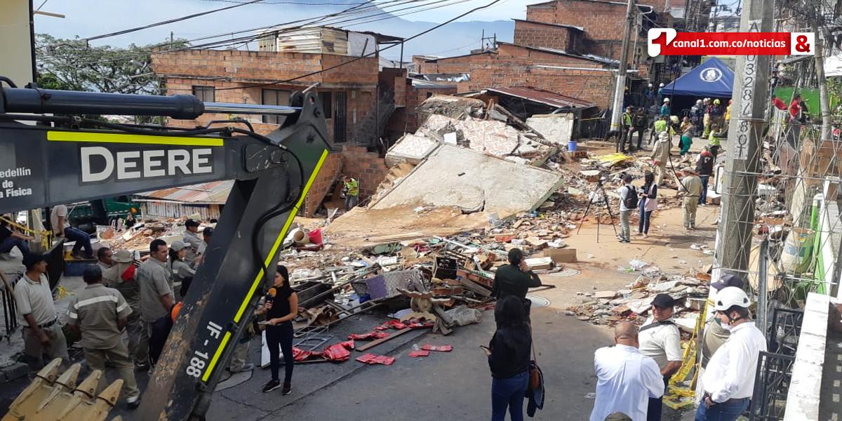 Tres personas muertas y tres rescatadas tras desplome de una vivienda en Medellín