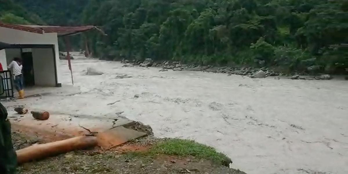 Ríos del Meta y Guaviare se desbordaron por fuertes lluvias