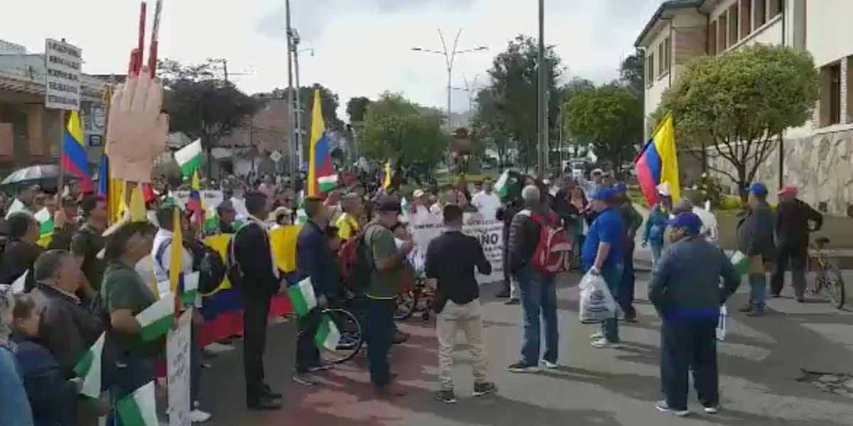 Al menos 3.000 personas marcharon en Nariño en defensa de los líderes sociales