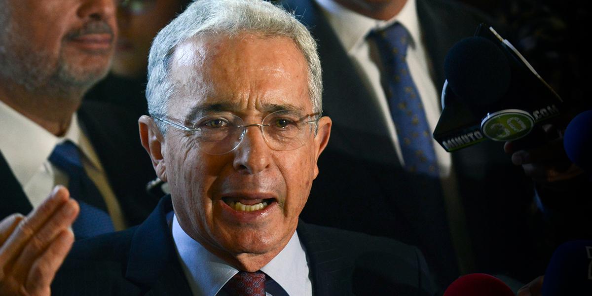 Uribismo retira proyecto que concedía libertad inmediata a exfuncionarios con fuero