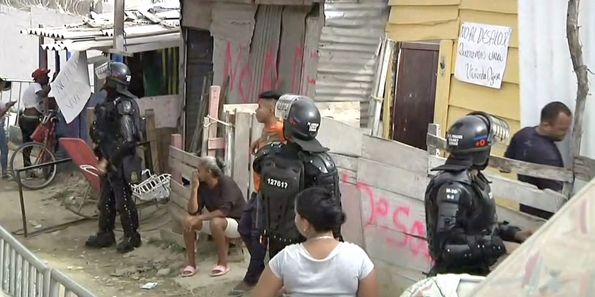 Desalojan a 250 familias para construir un parque en Barranquilla