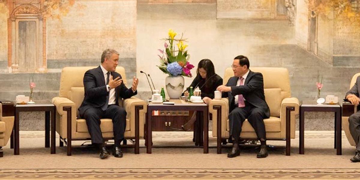 Presidente Duque anuncia que Colombia buscará tener vuelo directo con China