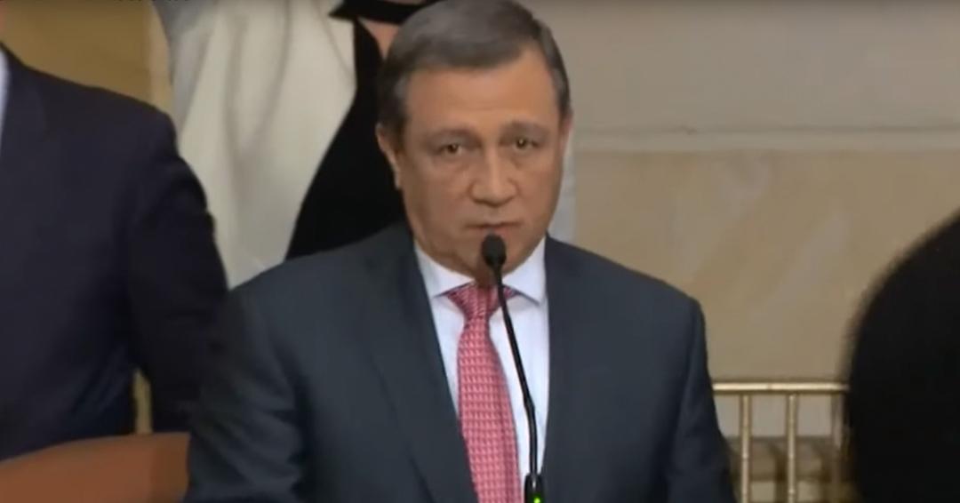Procuraduría abre indagación preliminar a Ernesto Macías