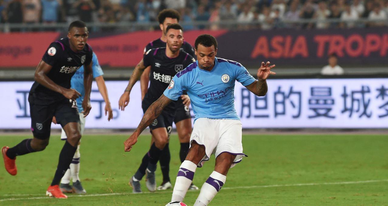Con el colombiano Ian Poveda de titular, Manchester City goleó al West Ham en torneo amistoso en China